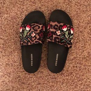 STEVE MADDEN Slip On Sandal